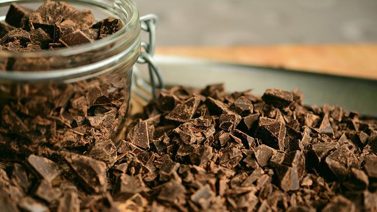Feit of fabel: 'Van chocola krijg je acne'